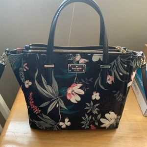 Kate Spade Floral - Authentic and New 🌸🖤